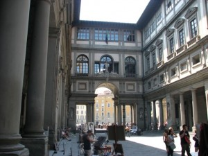 Uffizi Gallery forecourt with artists