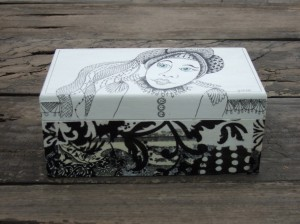 black and white zentangle box