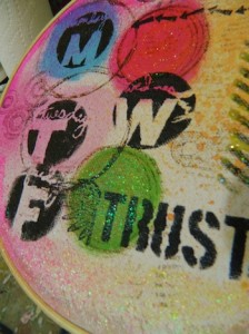 using embroidery hoop as a framed canvas